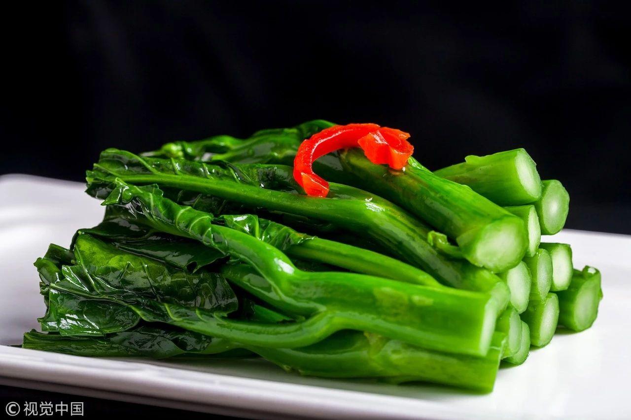 不是让你浪费,但春节这些菜要是剩下了,就别吃了!