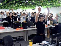 马来西亚破获2019年以来国内最大宗的网络诈骗案,逮捕680名中国公民,外交部回应