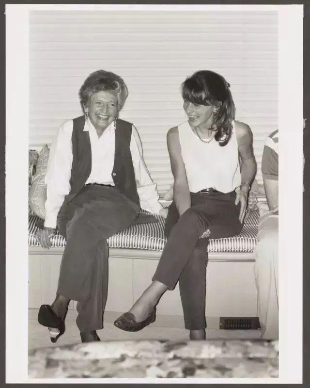 比尔·盖茨离婚:那个和他肩并肩27年的女人,前半生令人羡慕,后半生令人敬佩